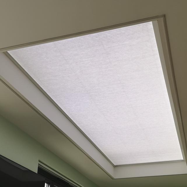 Roof Lantern Blind Honeycomb LanternLITE™